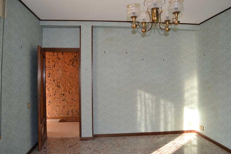 casa-AI-soggiorno parete TV prima dei lavori